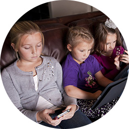 children using screens