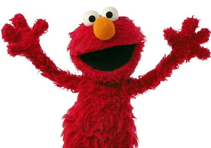 Elmo_Huging